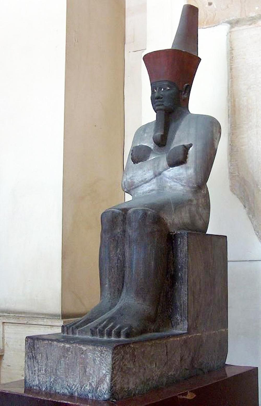  النحت في مصر القديمة بالمملكة الوسيطة