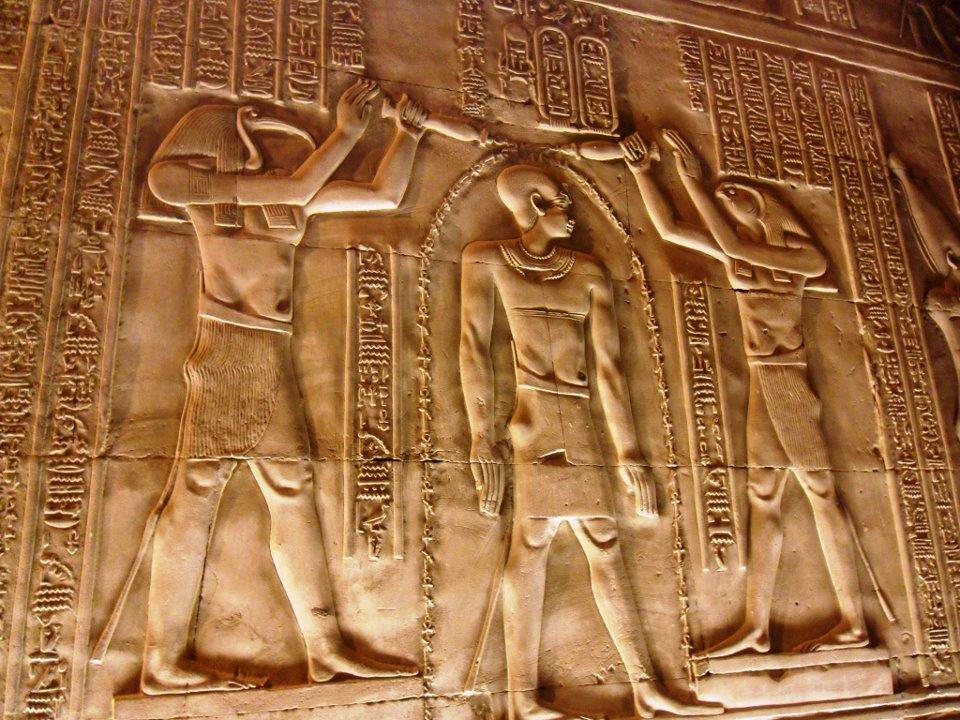 كشف غموض ديانة المصريين القدماء