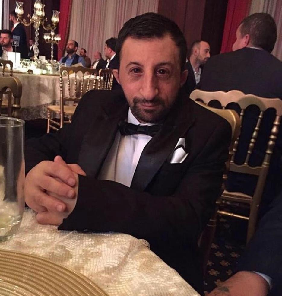 من هو كوكسال بابا أحد أشهر الشخصيات علي السوشيال ميديا