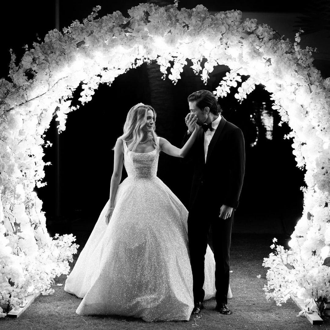 البوم صور حفل زفاف ابنة علا غانم ( البوم صور حفل زفاف كاميليا الدفراوى)