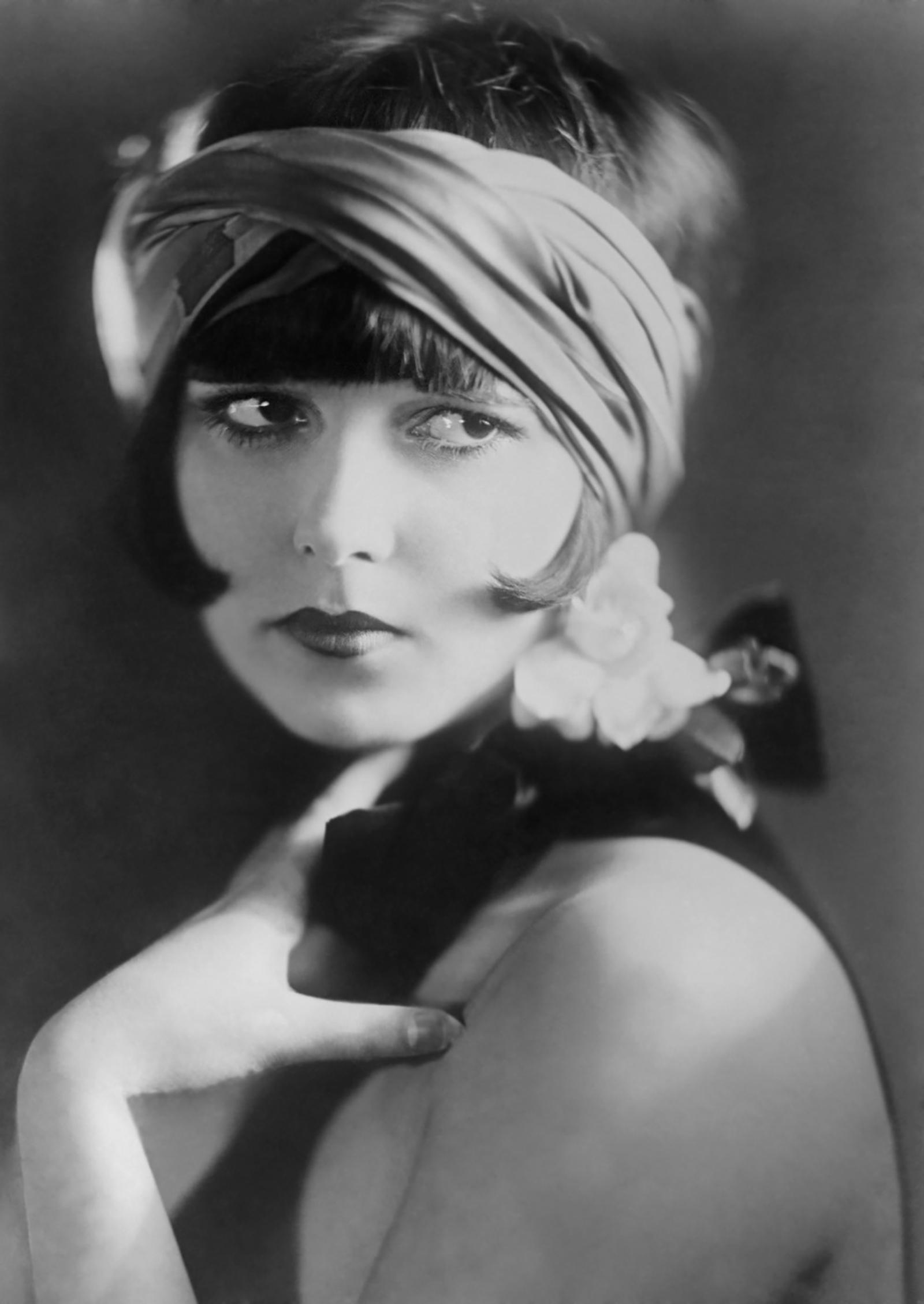1925 Portrait of Actress Louise Brooks