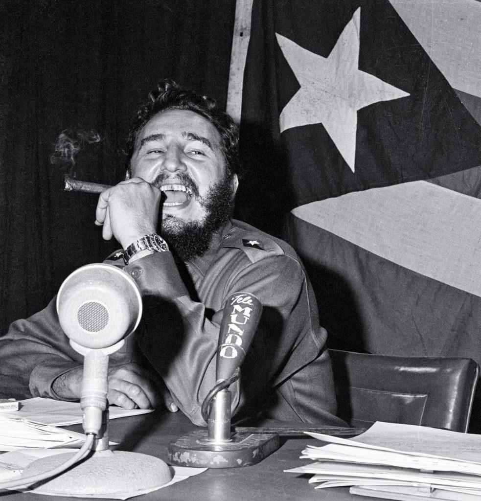 تابع محاولات ال CIA في اغتيال كاسترو