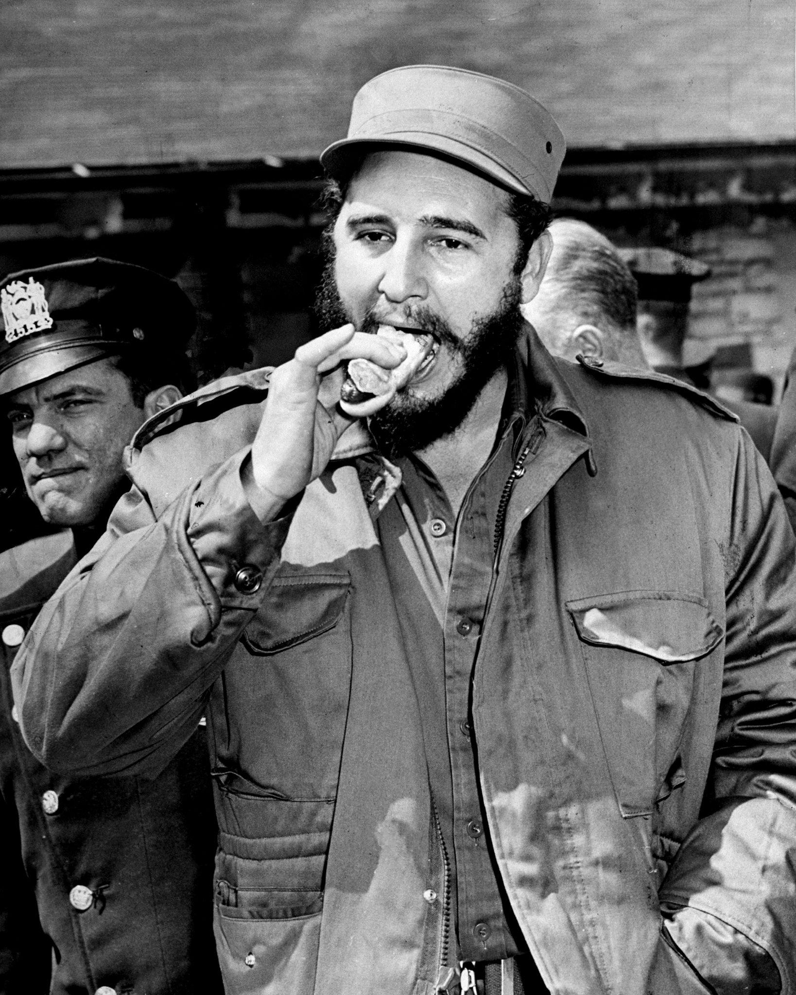 محاولات ال CIA في اغتيال كاسترو