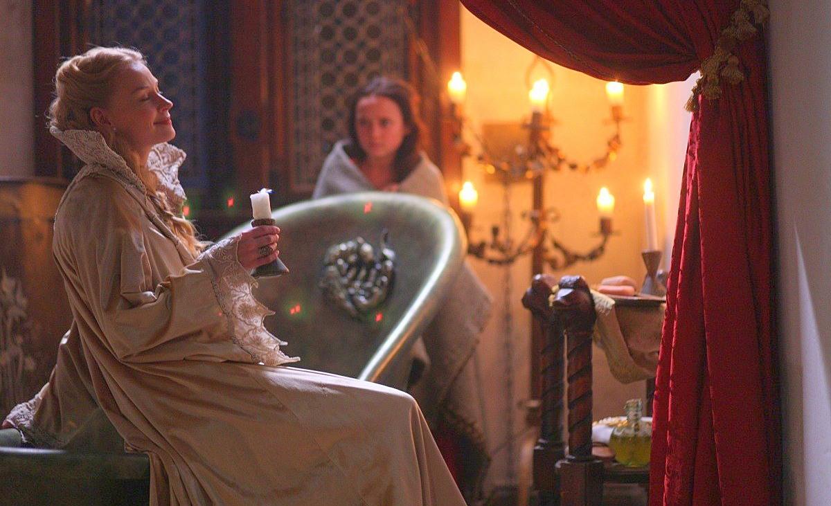 جرائم الكونتيسة إليزابيث في حق النبيلات