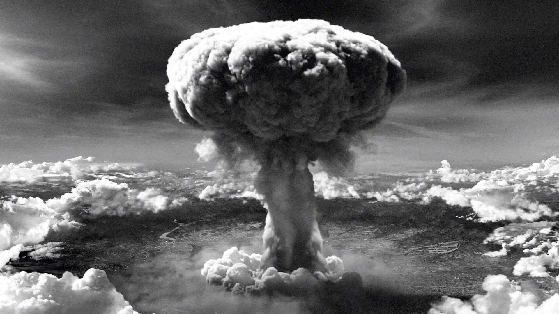 القنبلة النووية علي هيروشيما وناغازاكي : جريمة بحق الإنسان لن ينساها التاريخ
