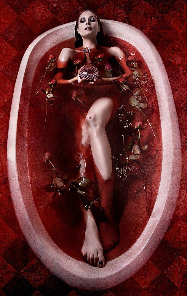كيف تحولت الكونتيسة إليزابيث باثوري الي ملكة الدم