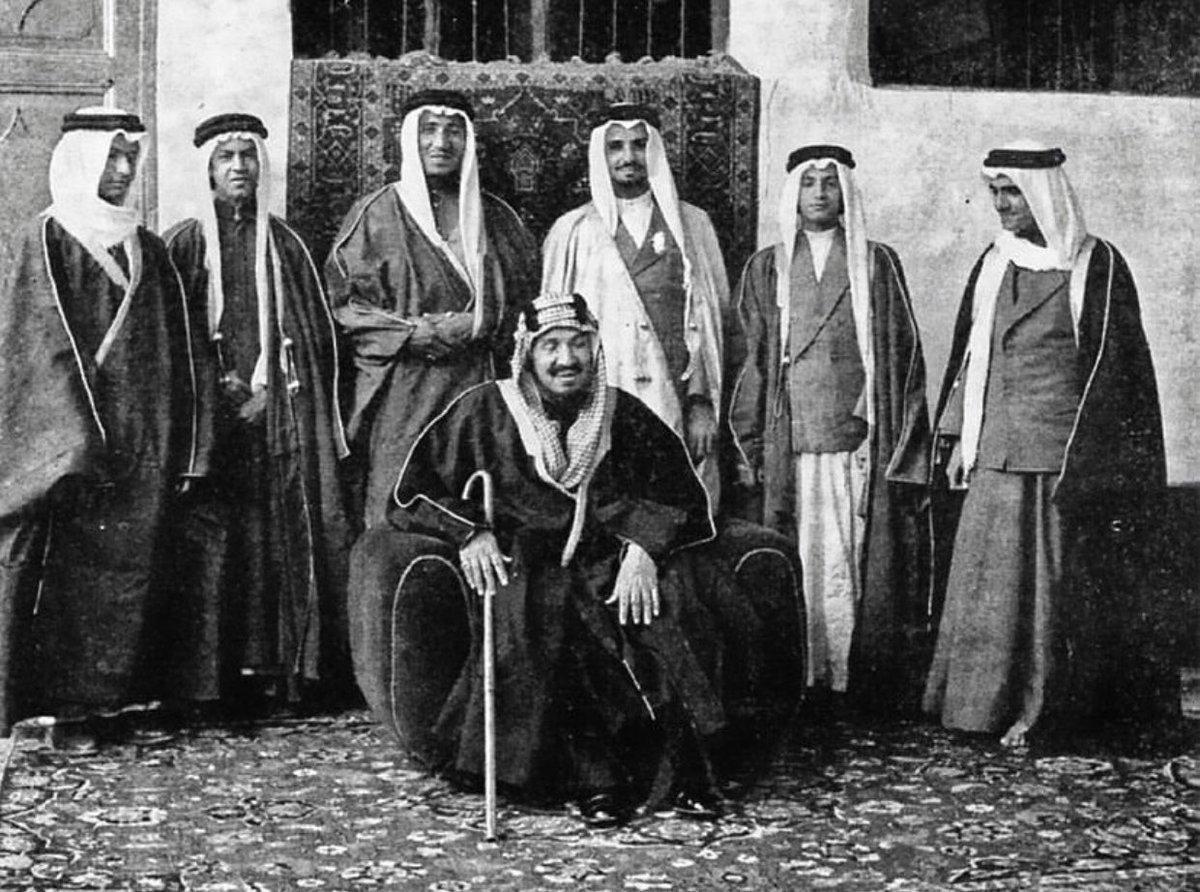 معلومات عن الملك عبد العزيز آل سعود مؤسس المملكة العربية السعودية