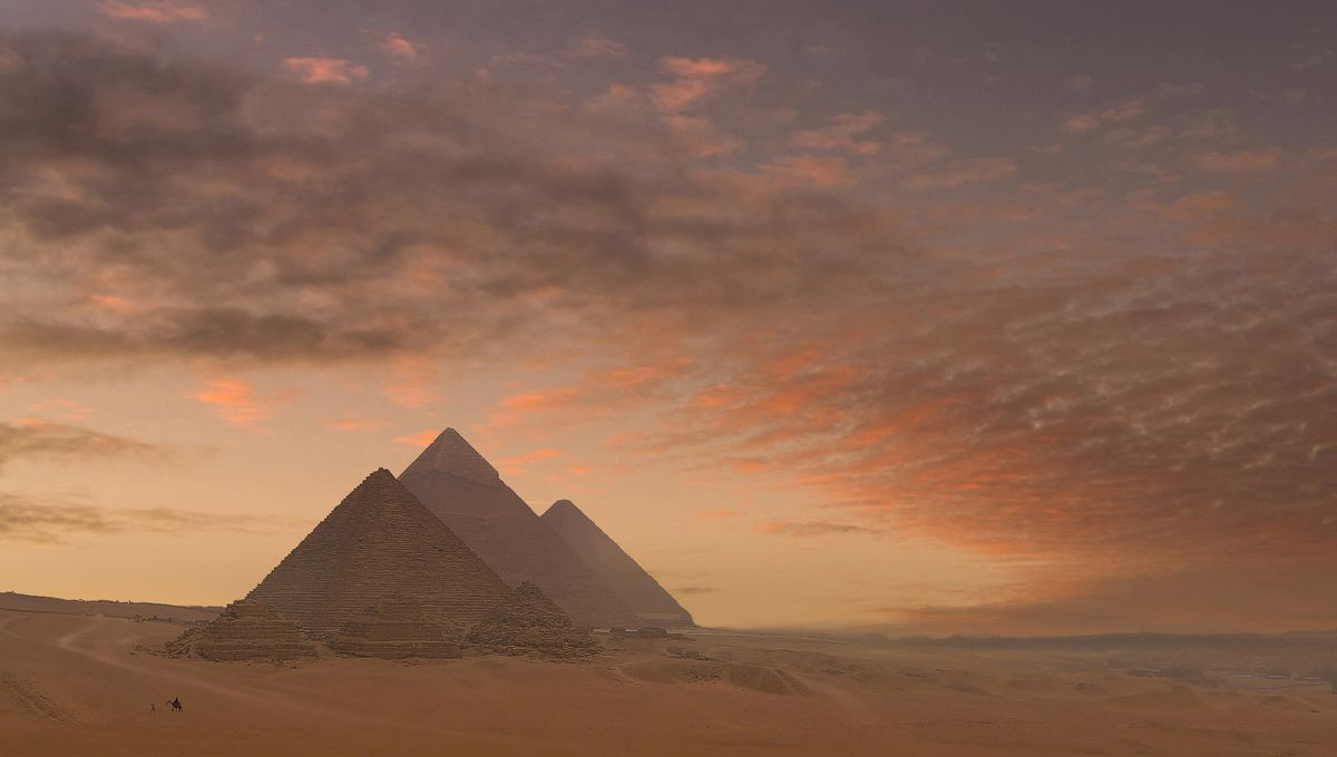 ما هي عجائب الدنيا السبع القديمة