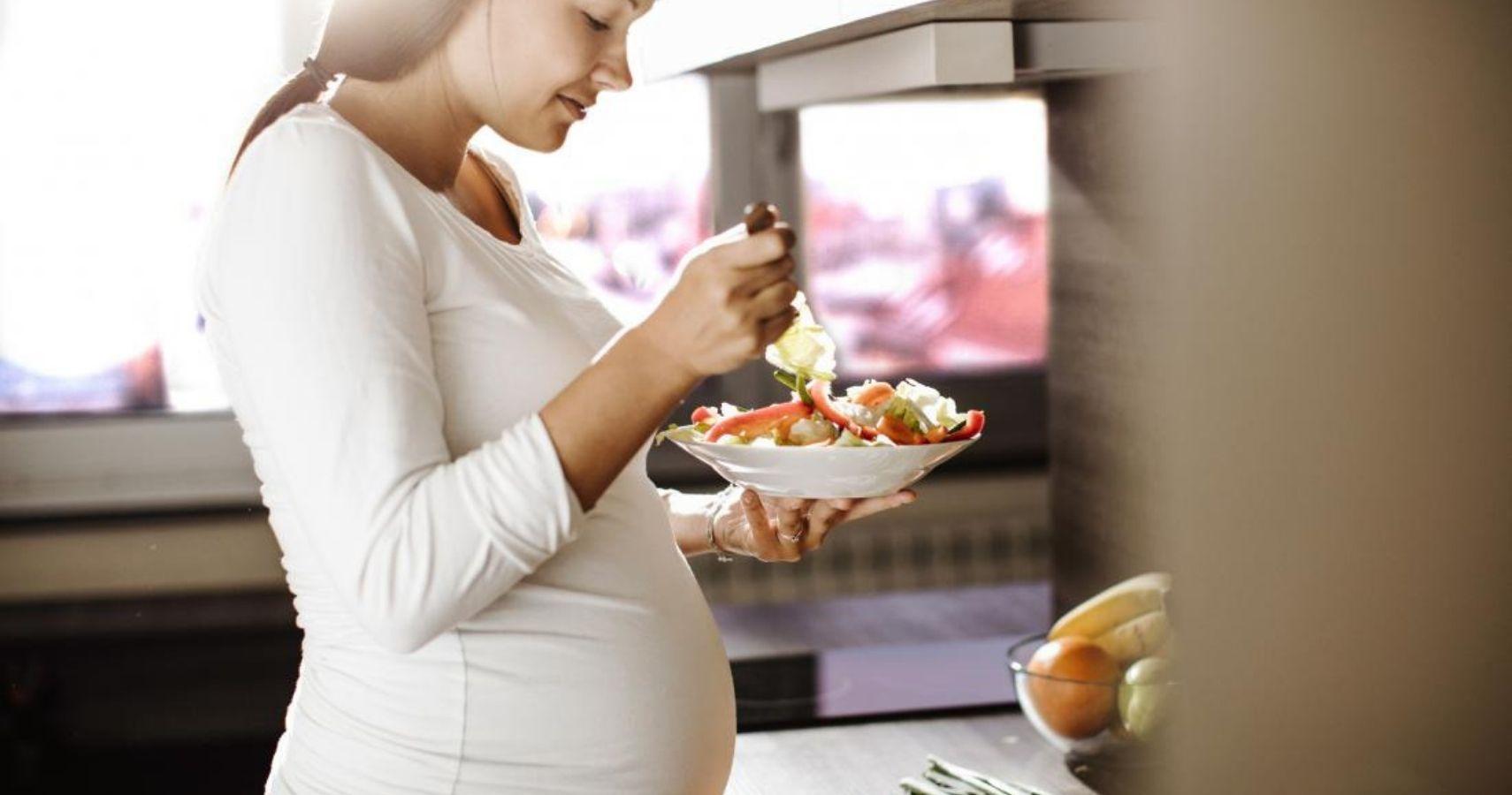 تأكد من أن جسمك لديه وقود للتدريبات الخاصة بك و الأكل قبل التمرين