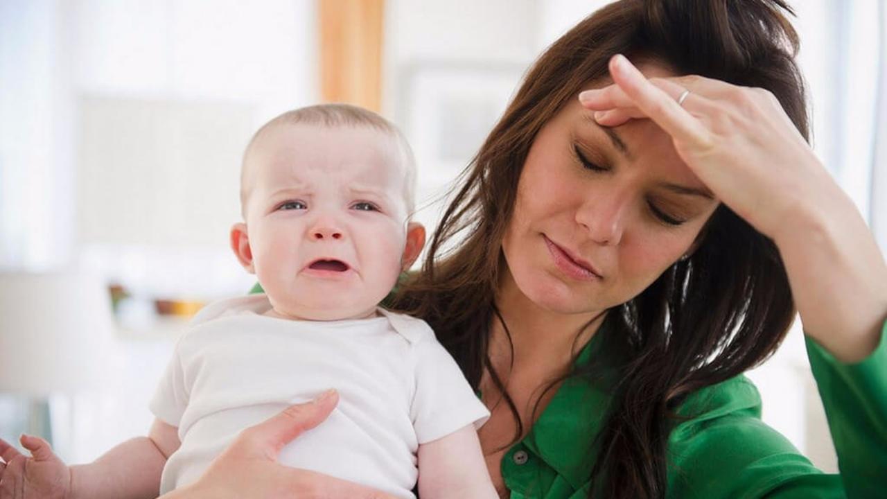 النساء الأكثر عرضة للإصابة بمتلازمة ما قبل الحيض