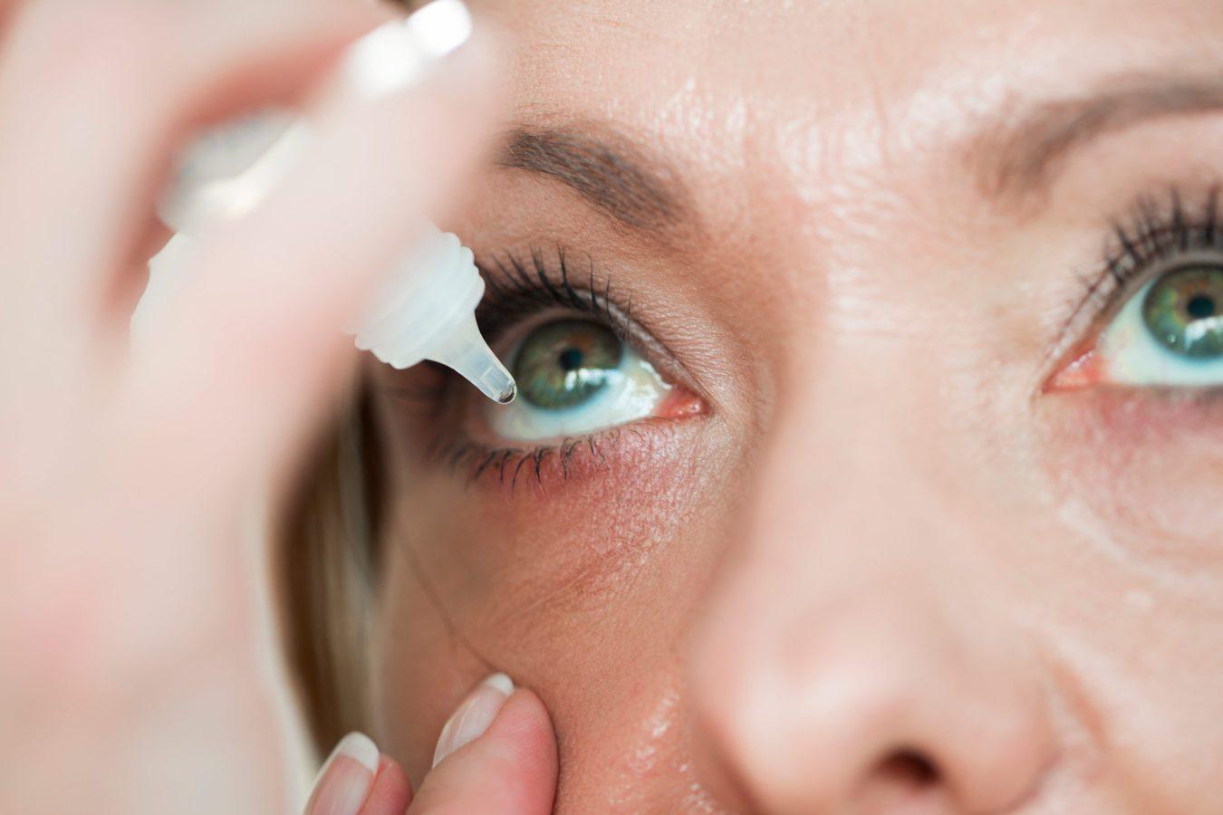 علاج التهاب الملتحمة بقطرات العين