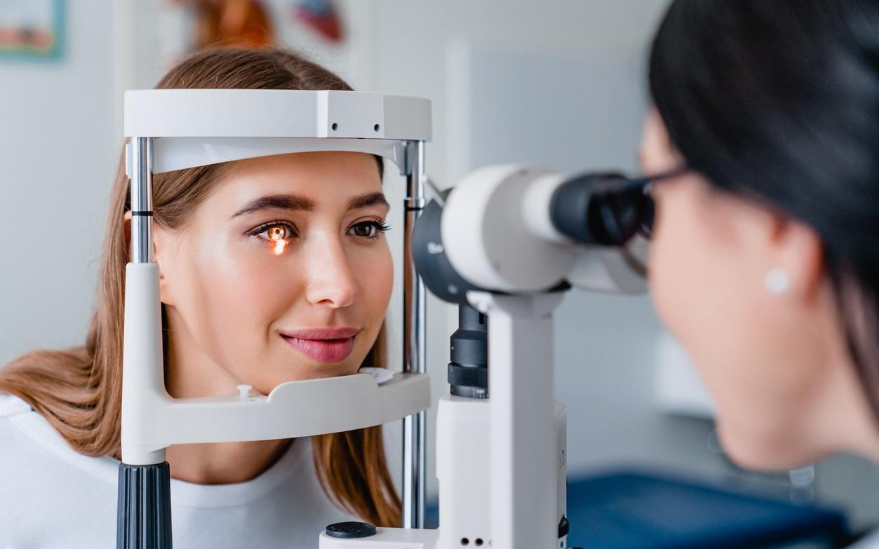 علاج إعتام عدسة العين وكيفية الوقاية منه